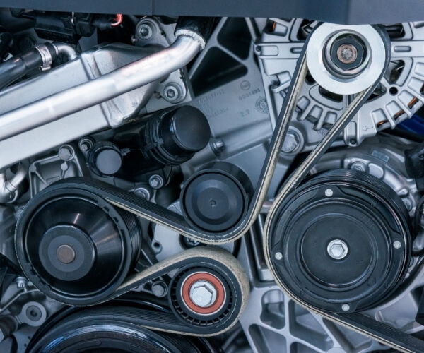 South Dakota mechanic ASE-certified technician