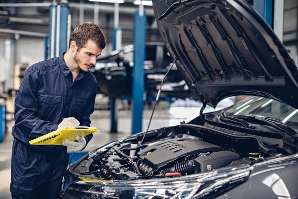 engine oil replacement repair Sioux Falls mechanic shop