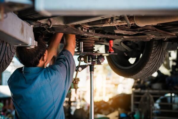 car suspension mechanic shop Sioux Falls, South Dakota SD